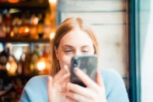 How to delete tinder account dating coach your phone